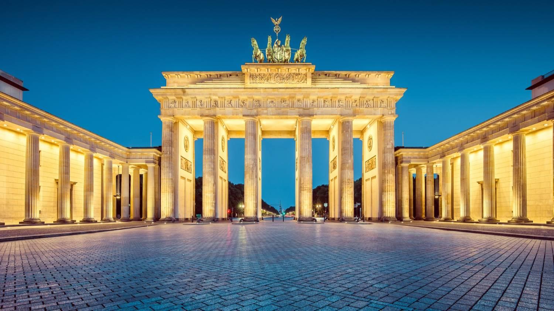 Brandenburg Gate (Brandenburger Tor) - Things To Do In Berlin