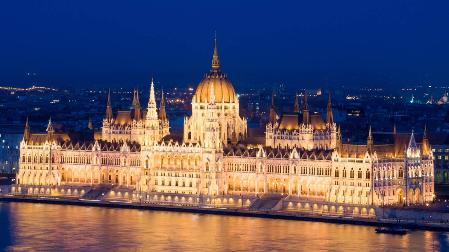 Budapest Parliament House (Orszaghaz) - Things To Do In Budapest