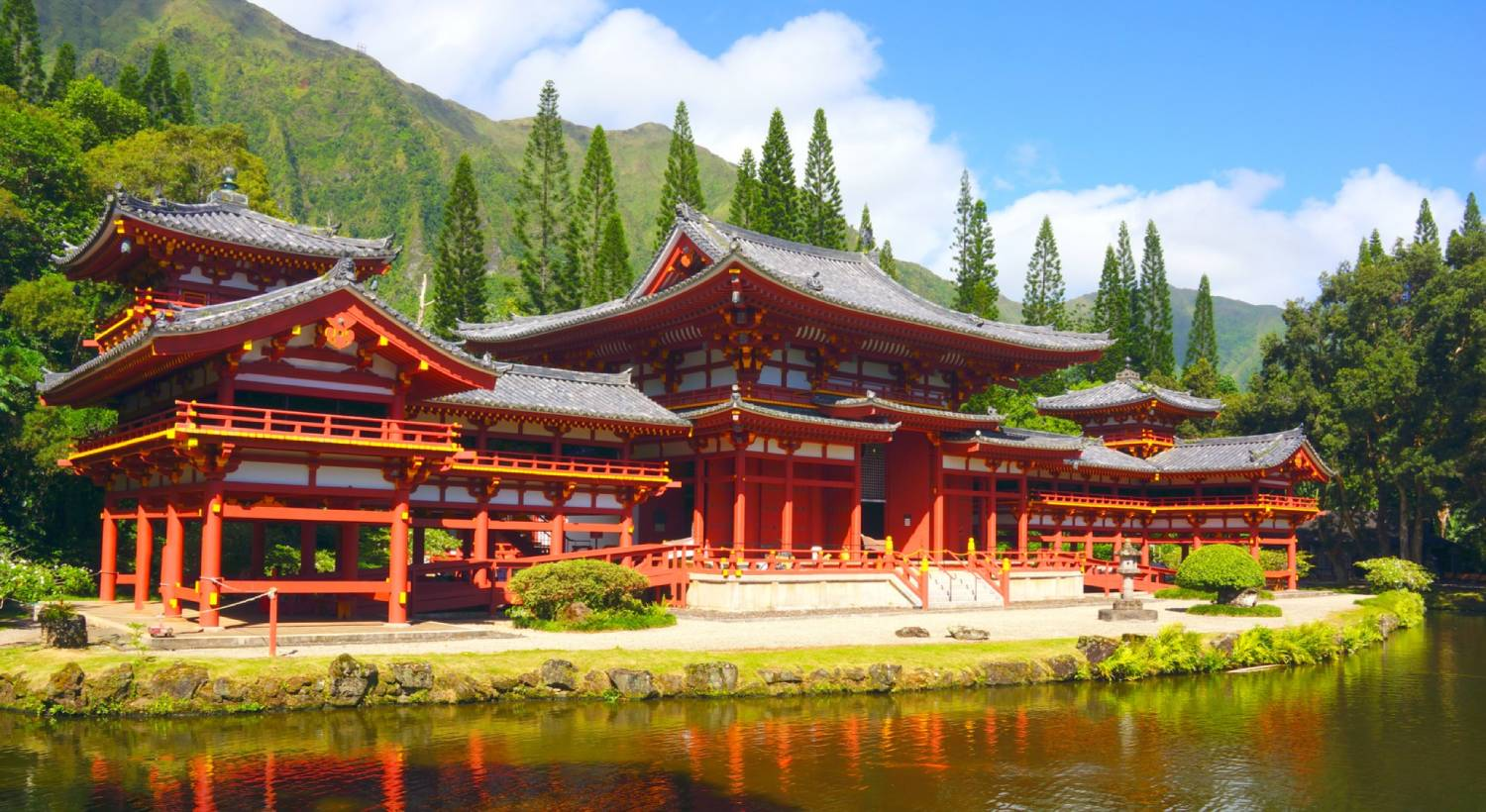 Byodo-In Temple - Things To Do In Hawaii
