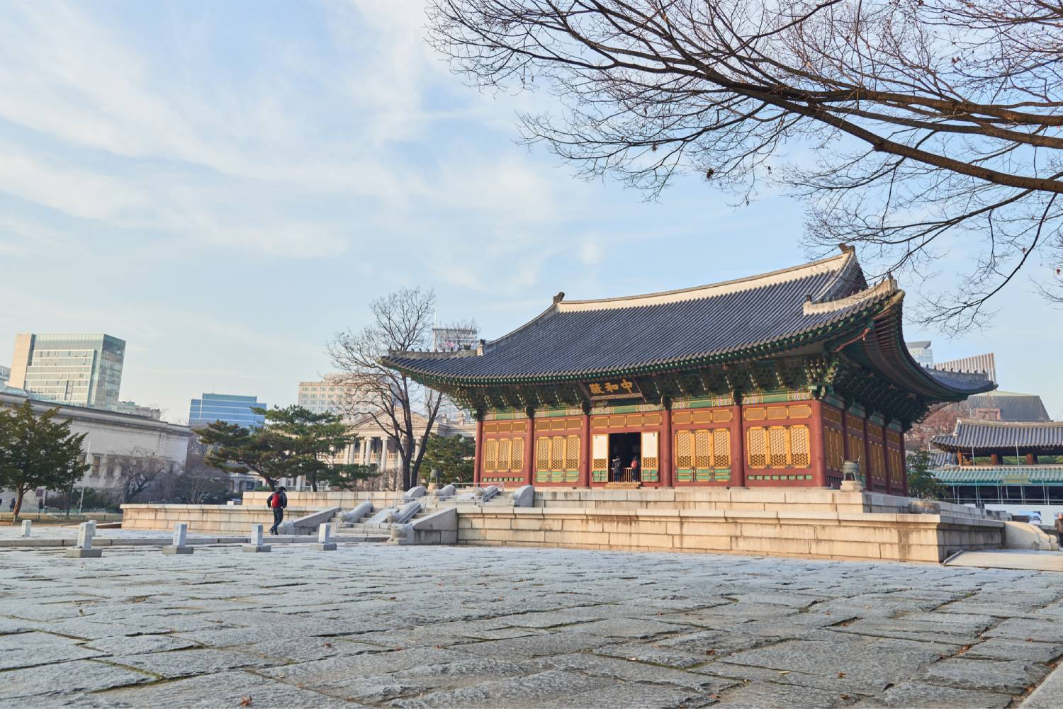 Deoksugung Palace - Things To Do In Seoul