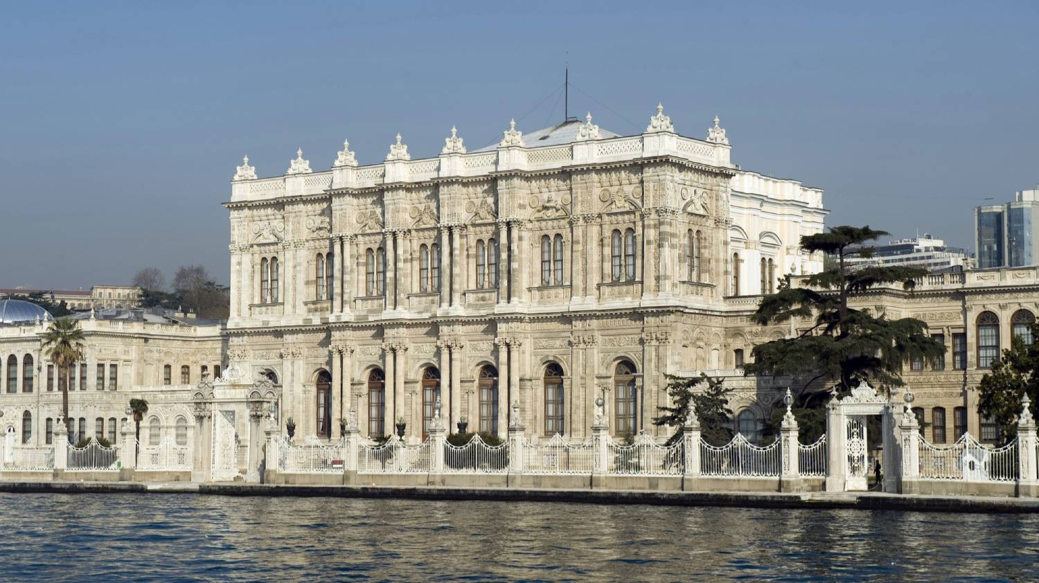 Dolmabahce Palace (Dolmabahce Sarayi) - Things To Do In Istanbul