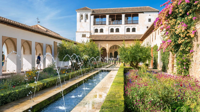 Generalife Gardens - Things To Do In Granada