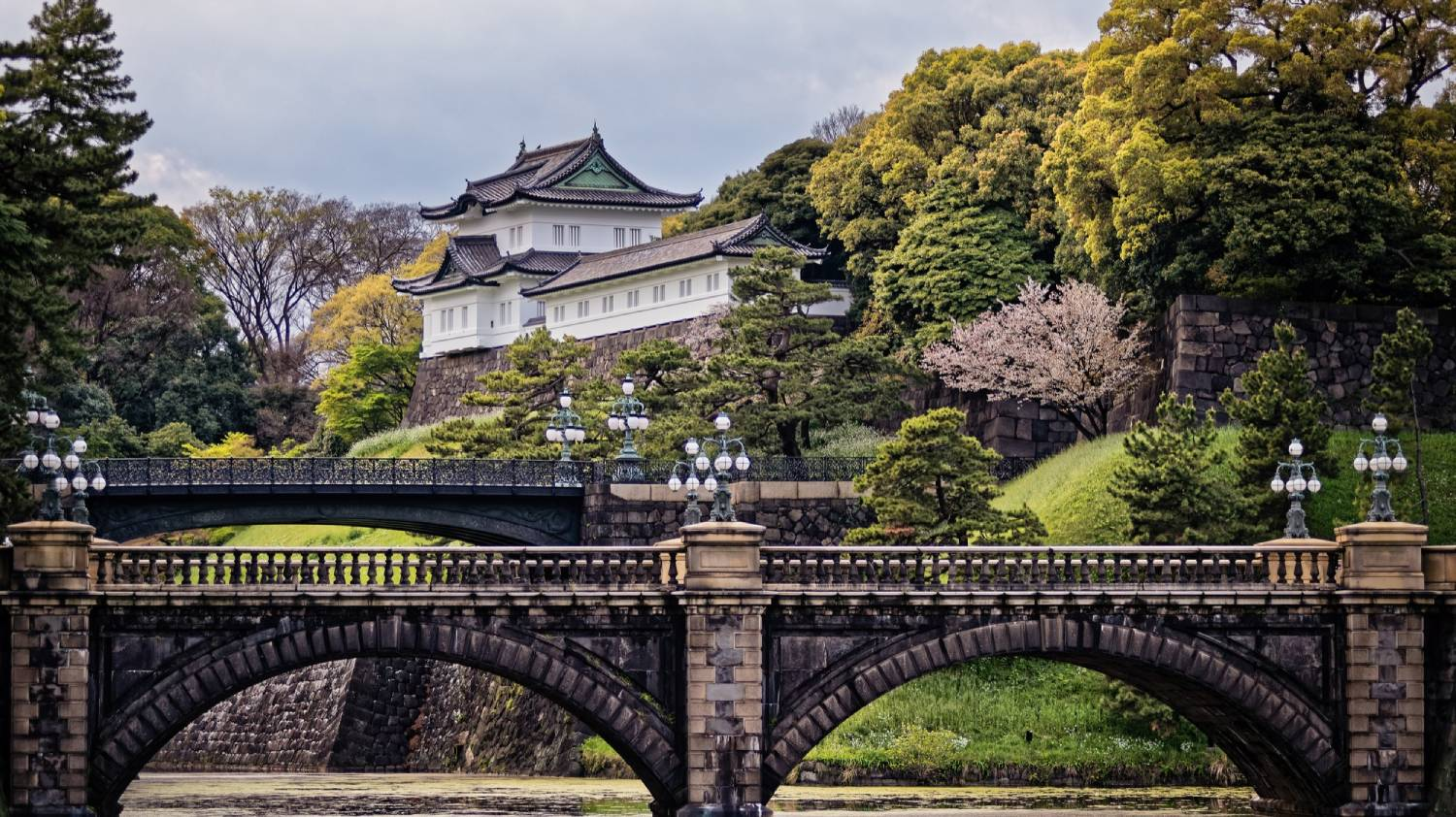 Imperial Palace - Things To Do In Tokyo