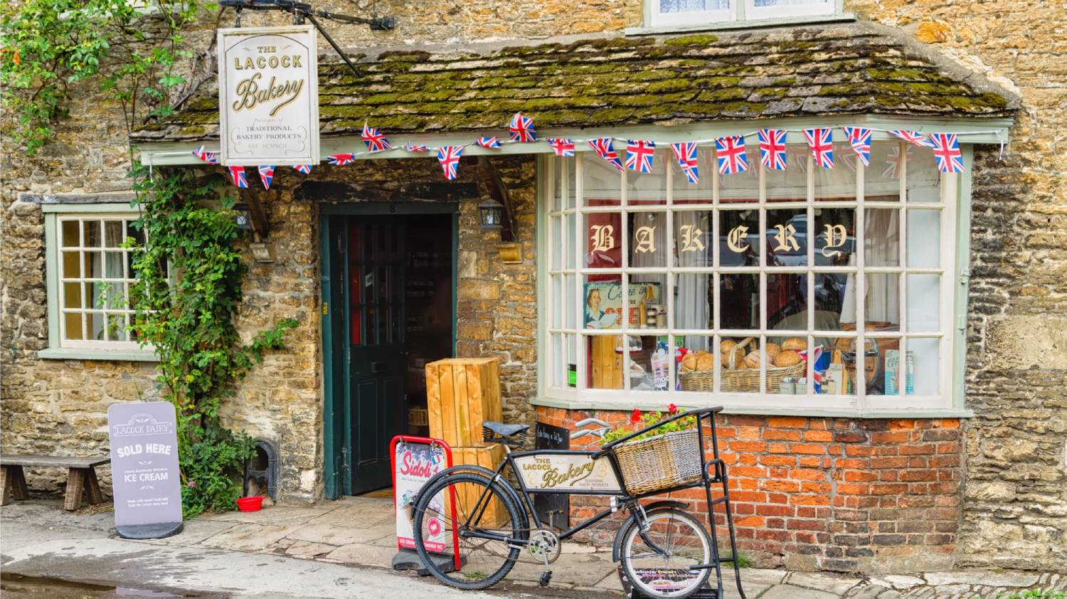 Lacock - The Best Places To Visit In England