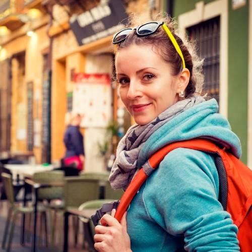Merci - Travel Blogger