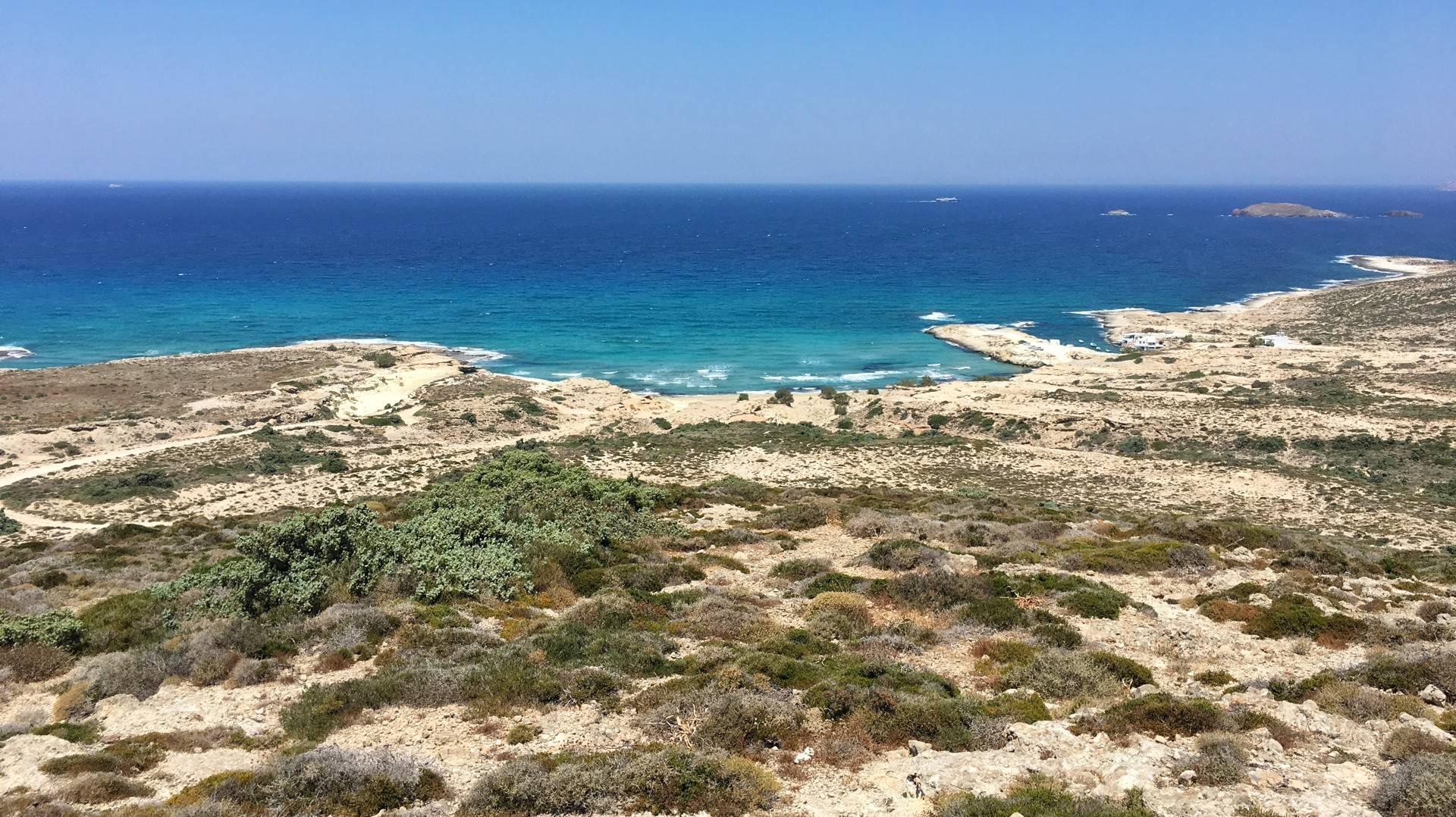 Milos - Travel Blog