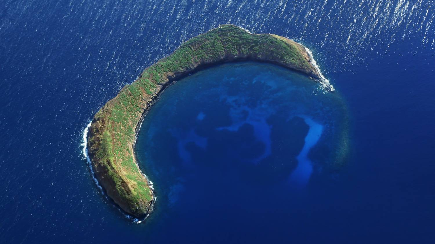 Molokini Crater - Things To Do In Hawaii