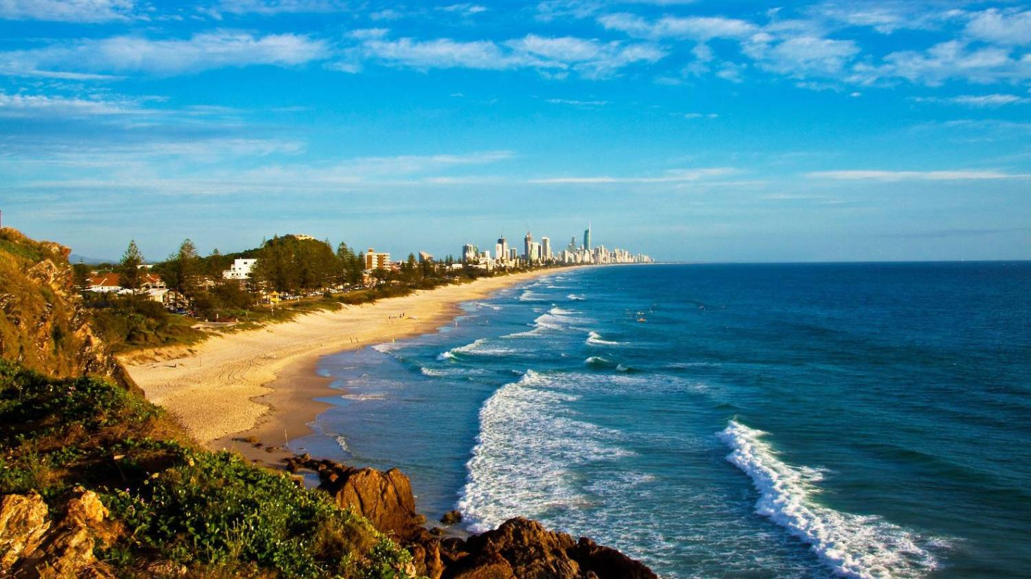 Nobby Beach - Things To Do On The Gold Coast
