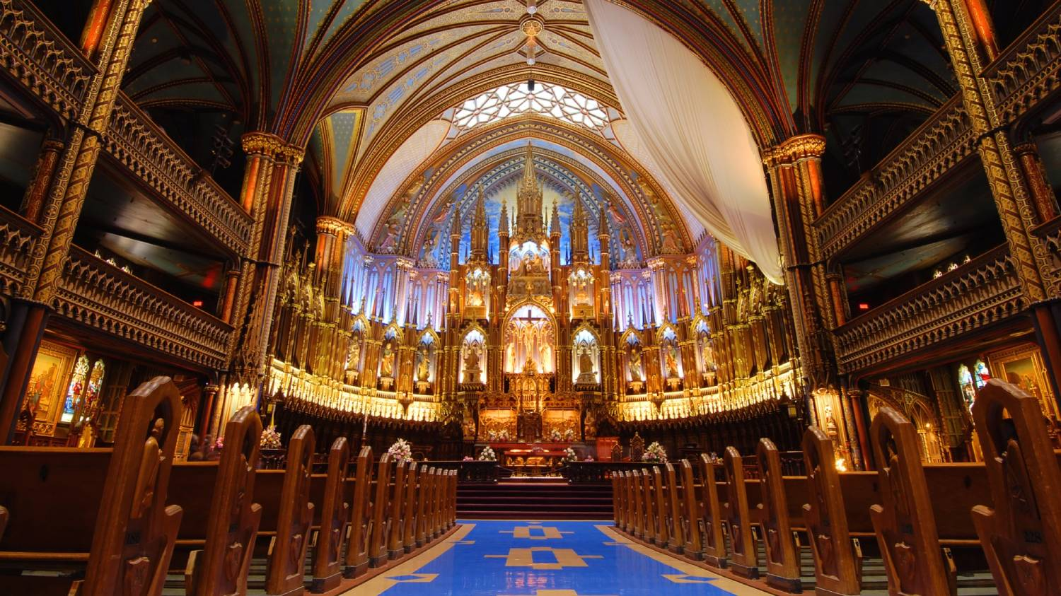 Notre Dame Basilica - Things To Do In Montreal