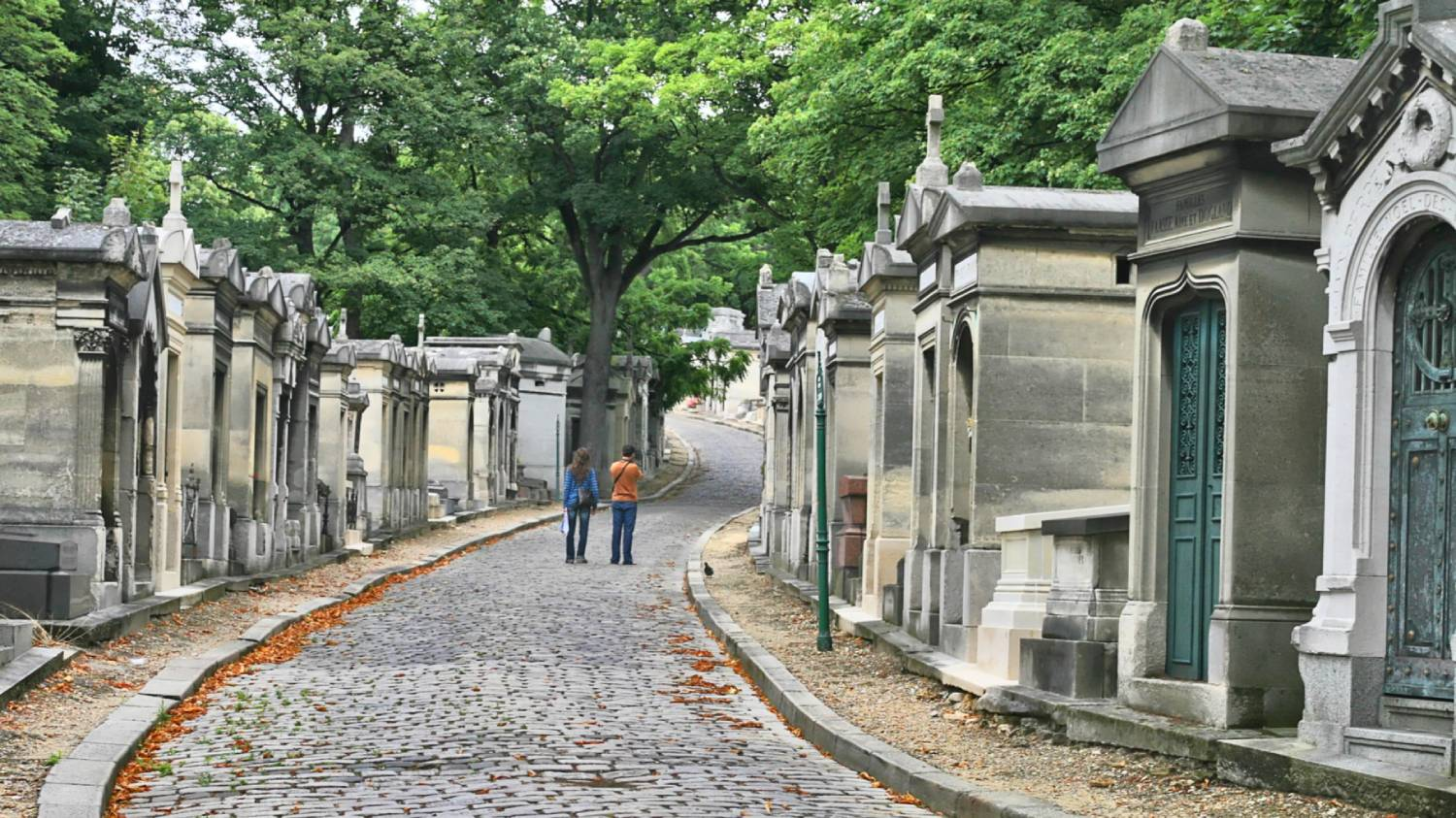 Pere Lachaise Cemetery - Things To Do In Paris