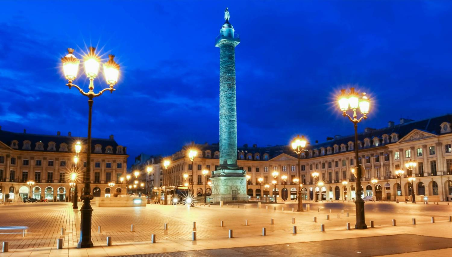 Place Vendome - Things To Do In Paris