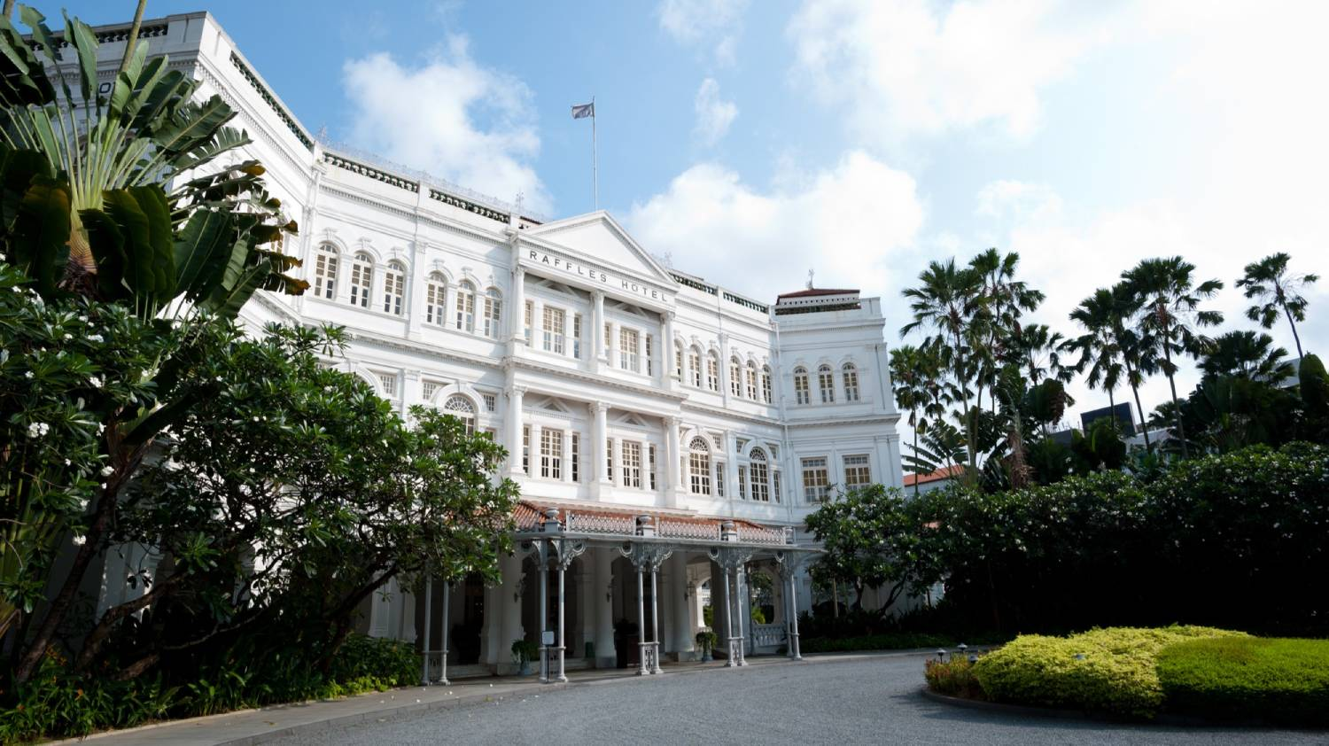 Raffles Hotel - Things To Do In Singapore