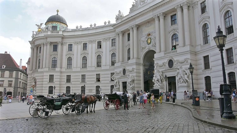 Saint Michael's Square (Michaelerplatz) - Things To Do In Vienna