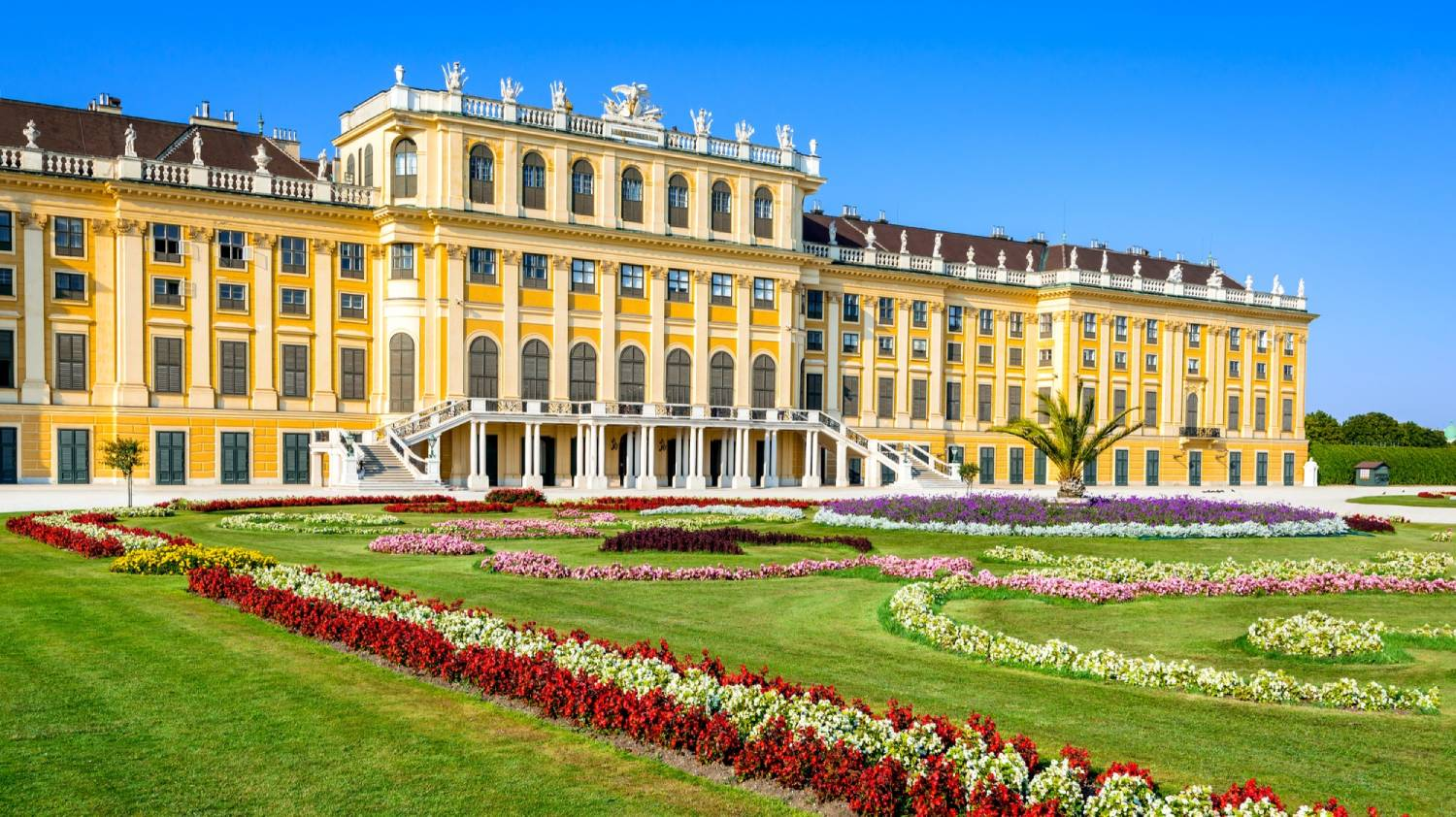 Schonbrunn Palace - Things To Do In Vienna