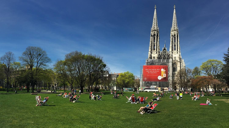 Sigmund Freud Park and Votive Church (Votivkirche) - Vienna Travel Blog