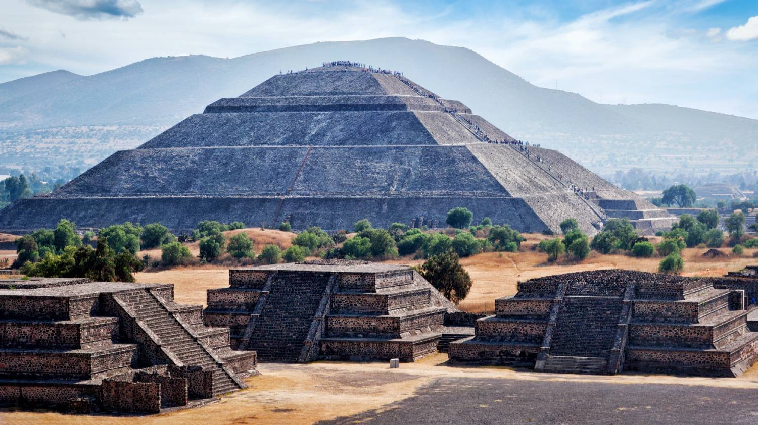 Teotihuacan Pyramids - Things To Do In Mexico City
