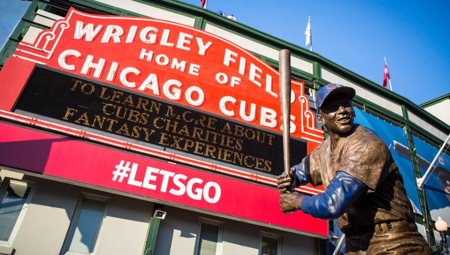 Wrigley Field - Things To Do In Chicago