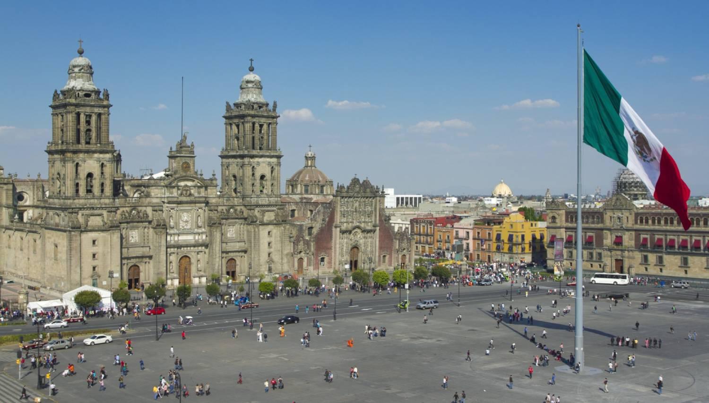 Zócalo (La Plaza de la Constitucion) - Things To Do In Mexico City